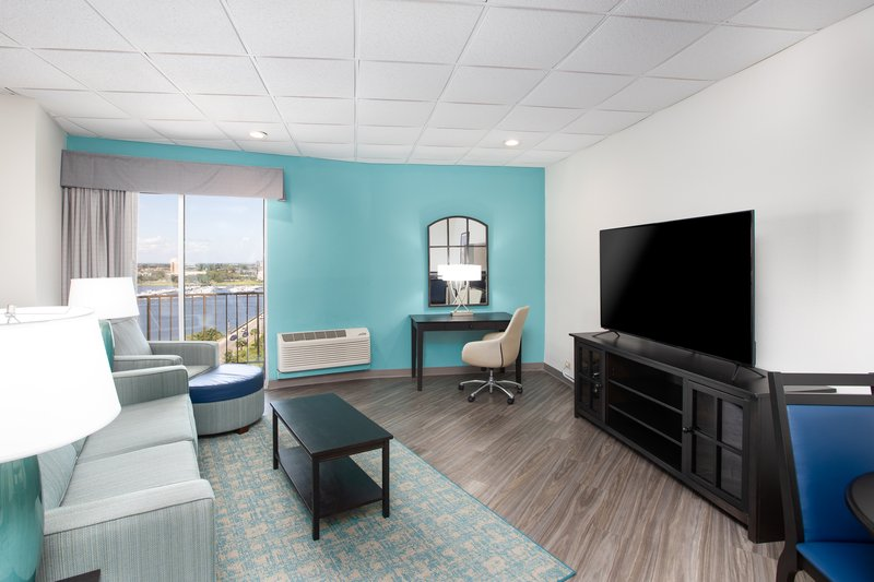 Holiday Inn Charleston-Riverview-Sleeper sofas available in our suites<br/>Image from Leonardo
