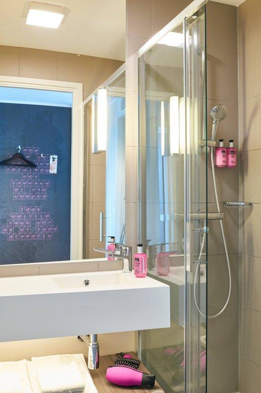 Moxy Milan Linate Airport-Moxy Bathroom<br/>Image from Leonardo