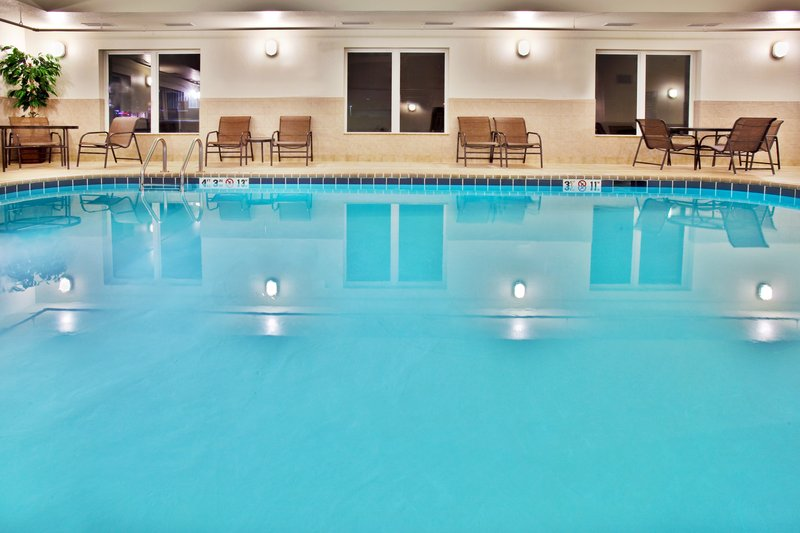 Holiday Inn Express Hotel & Suites Dubuque - West-Holiday Inn Express & Suites Dubuque, IA Swimming Pool<br/>Image from Leonardo