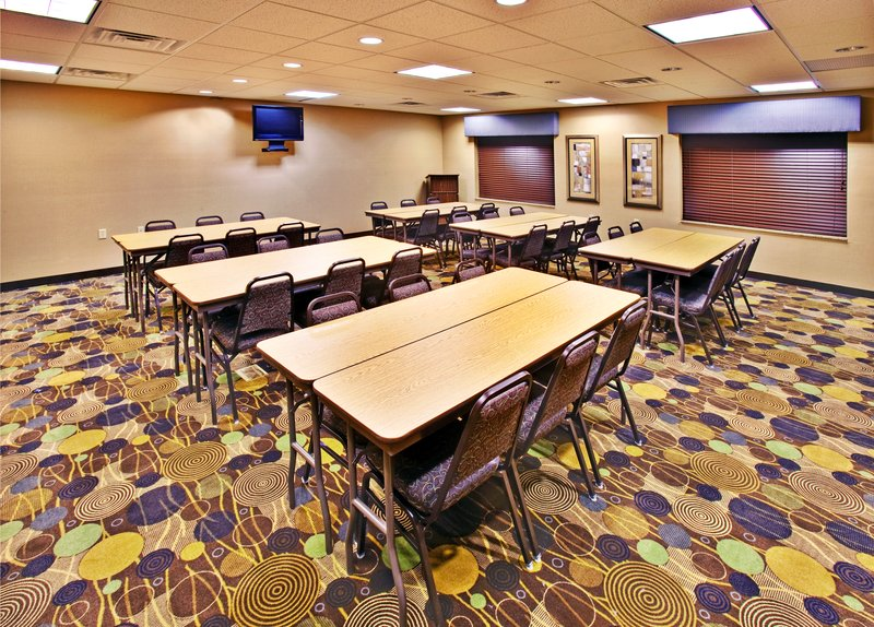Holiday Inn Express Hotel & Suites Dubuque - West-Holiday Inn Express & Suites Dubuque, IA Meeting Room<br/>Image from Leonardo