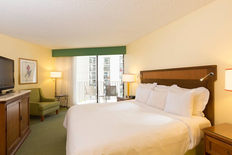Waikiki Beach Marriott Resort  - City View King Guest Room <br/>Image from Leonardo