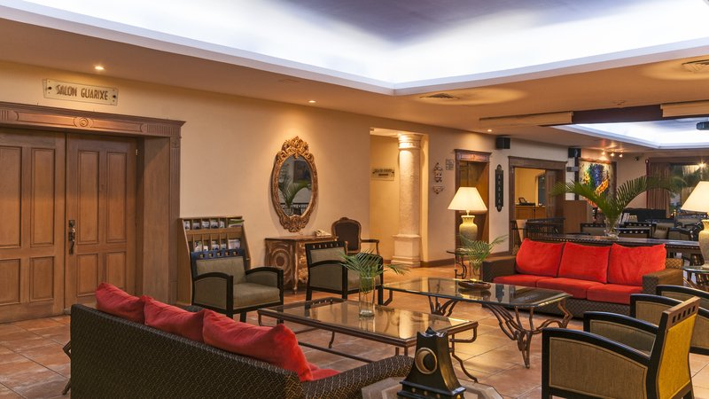 Holiday Inn Ciudad Del Carmen-Lobby Lounge<br/>Image from Leonardo