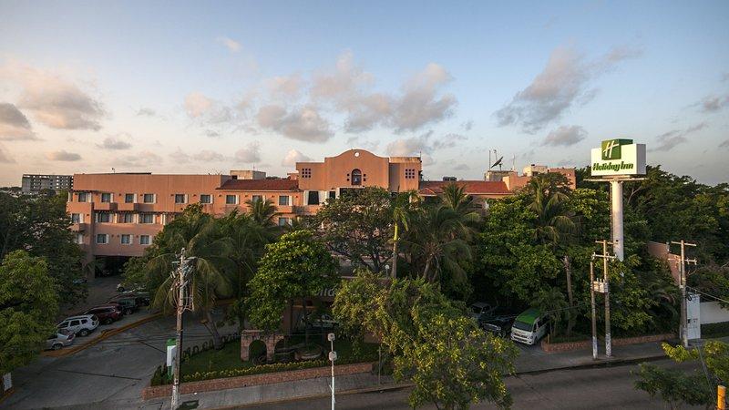 Holiday Inn Ciudad Del Carmen-Exterior Feature<br/>Image from Leonardo