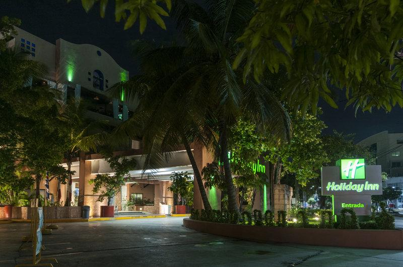 Holiday Inn Ciudad Del Carmen-Hotel Exterior<br/>Image from Leonardo
