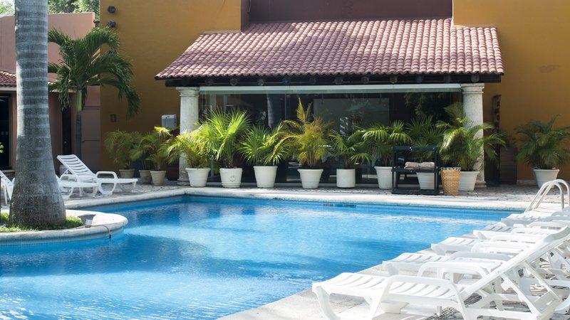 Holiday Inn Ciudad Del Carmen-Swimming Pool<br/>Image from Leonardo