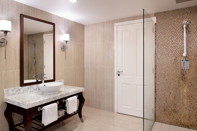 Seabreeze Resort-Family Guest Bathroom<br/>Image from Leonardo
