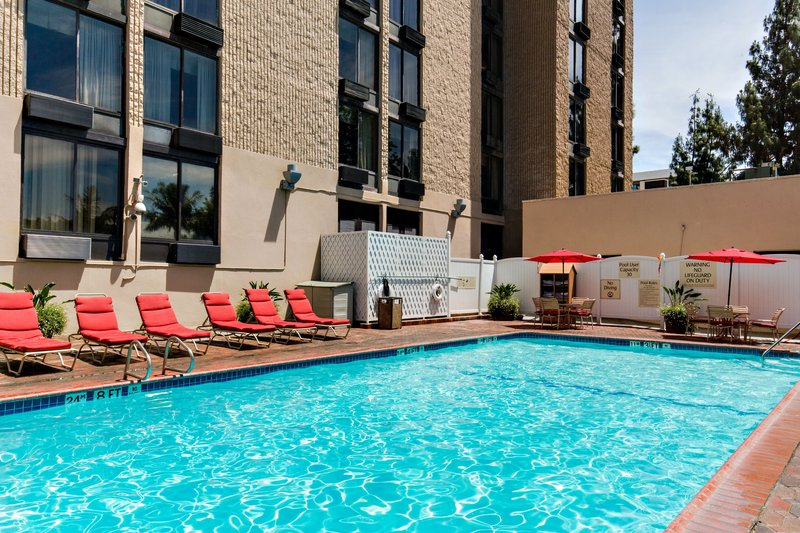 Holiday Inn Burbank - Media Center-Burbank Hotel Swimming Pool<br/>Image from Leonardo