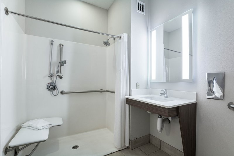 Holiday Inn Express Suites Jasper-Guest Bathroom<br/>Image from Leonardo