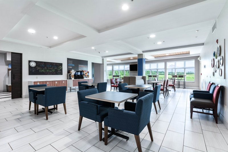 Holiday Inn Express Suites Jasper-Breakfast Area<br/>Image from Leonardo