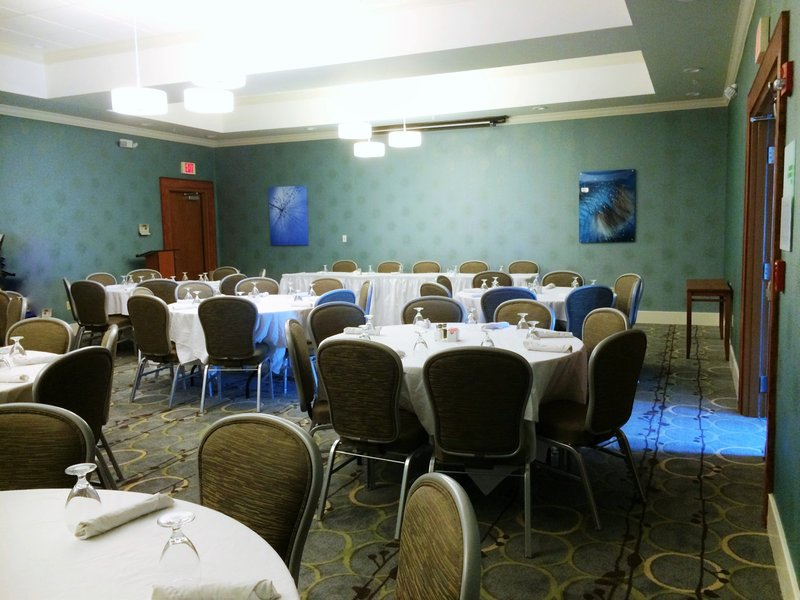 Holiday Inn Santee-Banquet Room<br/>Image from Leonardo