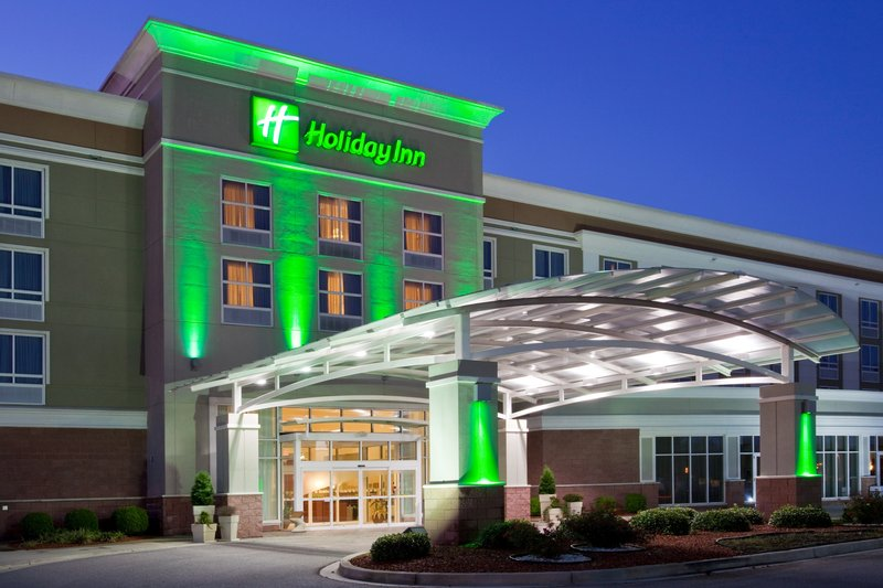 Holiday Inn Santee-Santee SC is located off I-95. Area known for Golf & Fishing.<br/>Image from Leonardo