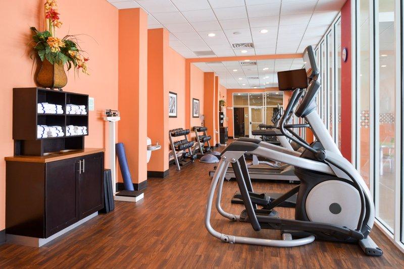 Holiday Inn Amarillo West Medical Center-Fitness Center<br/>Image from Leonardo