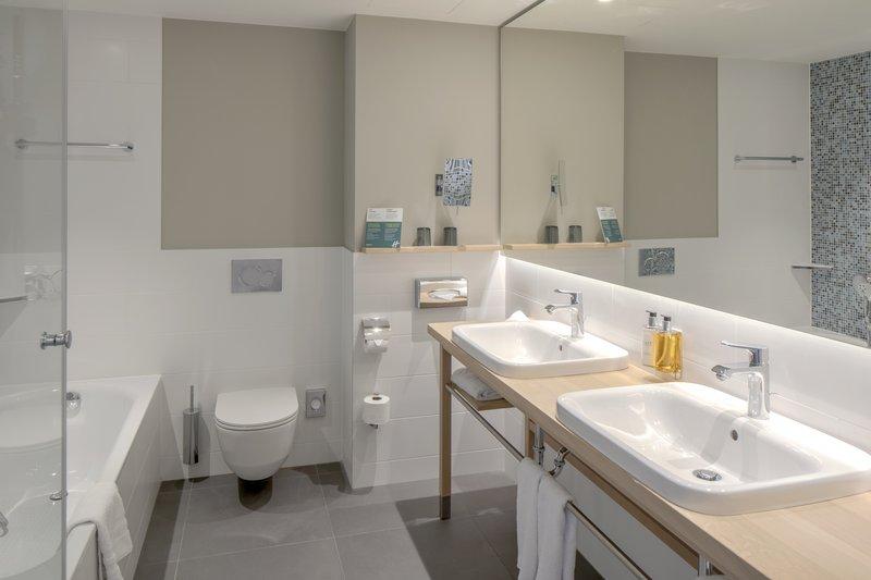 Holiday Inn Gdansk City Centre-Guest Bathroom<br/>Image from Leonardo
