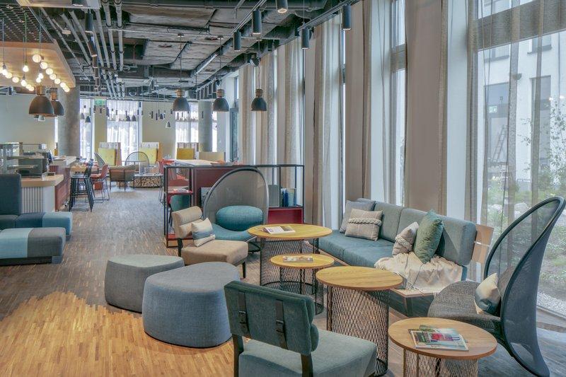 Holiday Inn Gdansk City Centre-Lobby Bar<br/>Image from Leonardo