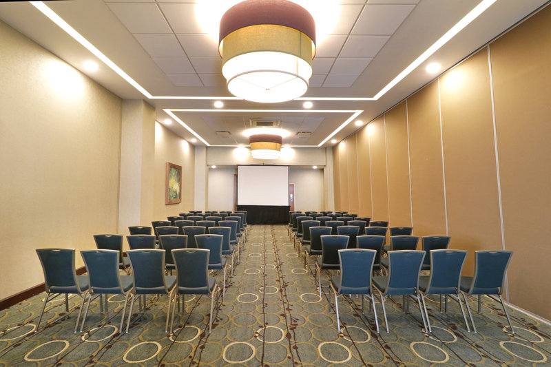 Holiday Inn Hotel & Suites Hermosillo Aeropuerto-Conference Room<br/>Image from Leonardo