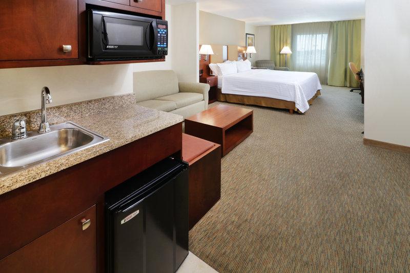 Holiday Inn Hotel & Suites Hermosillo Aeropuerto-Room Feature<br/>Image from Leonardo