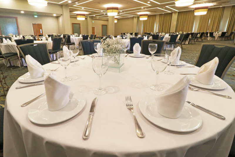 Holiday Inn Hotel & Suites Hermosillo Aeropuerto-Banquet Room<br/>Image from Leonardo