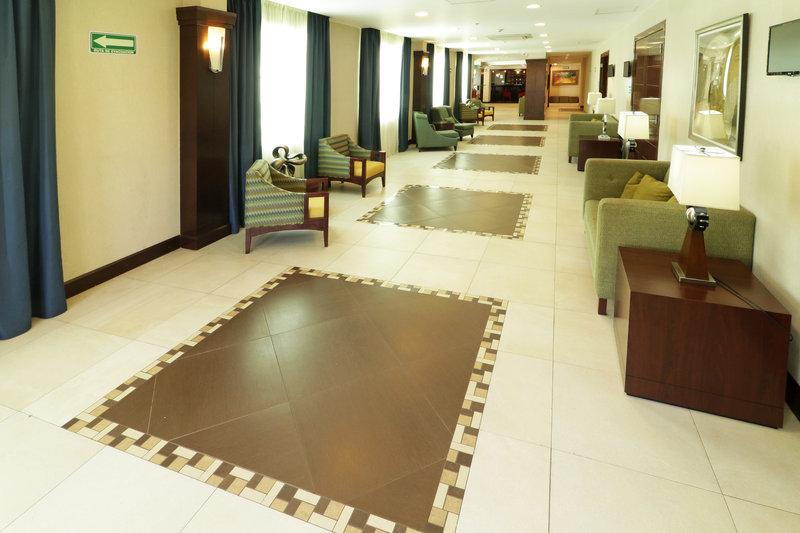 Holiday Inn Hotel & Suites Hermosillo Aeropuerto-Hallway<br/>Image from Leonardo