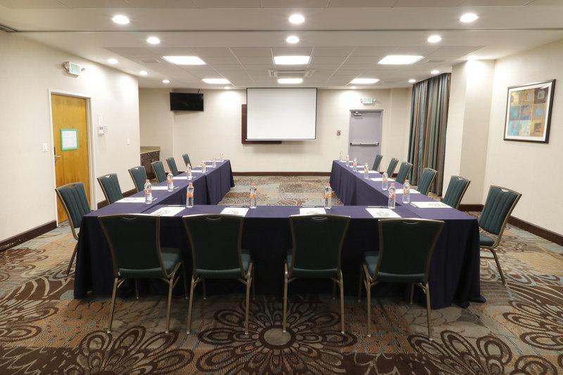 Holiday Inn Hotel & Suites Hermosillo Aeropuerto-Meeting Room<br/>Image from Leonardo