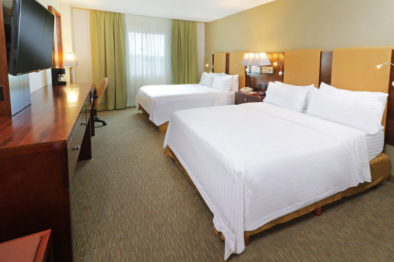 Holiday Inn Hotel & Suites Hermosillo Aeropuerto-Double Bed Guest Room<br/>Image from Leonardo