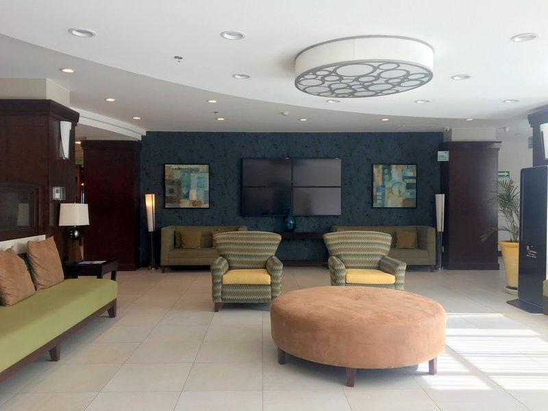 Holiday Inn Hotel & Suites Hermosillo Aeropuerto-Hotel Lobby<br/>Image from Leonardo
