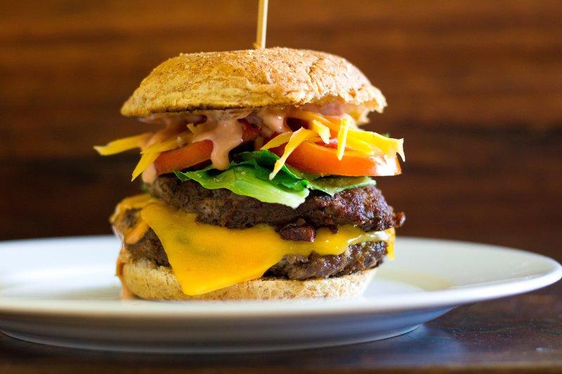 Holiday Inn Ann Arbor Univ Michigan Area-Big Burger<br/>Image from Leonardo
