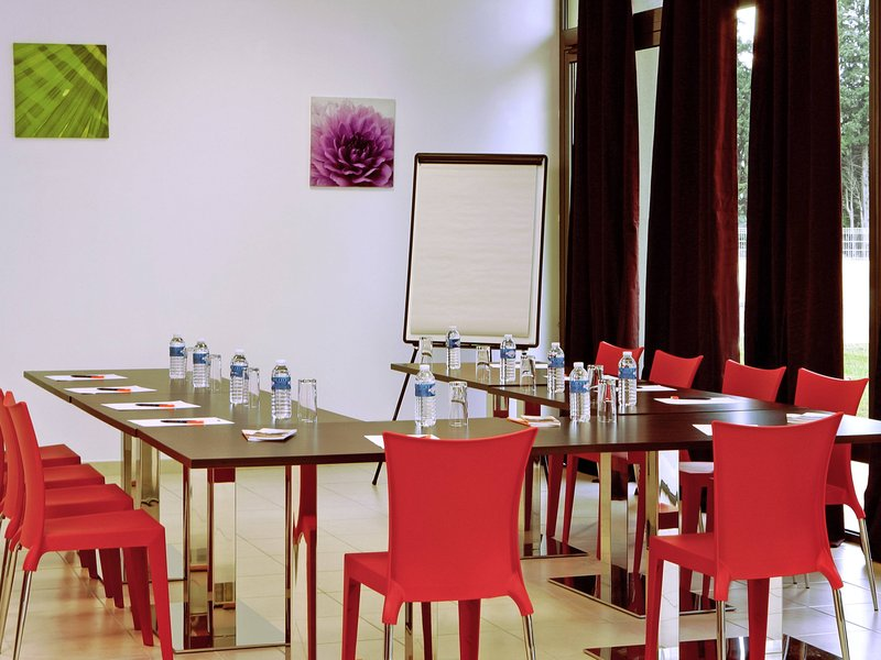 Aparthotel Adagio Access Avignon-Meeting Room<br/>Image from Leonardo
