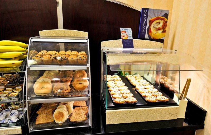 Holiday Inn Express Syracuse Airport-Breakfast Bar<br/>Image from Leonardo
