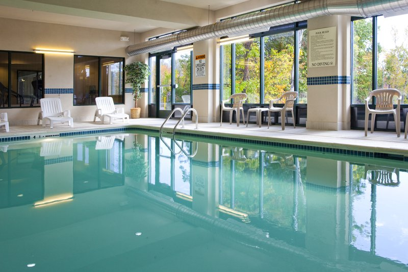 Holiday Inn Express Syracuse Airport-Indoor Pool Central to all Syracuse Attractions<br/>Image from Leonardo