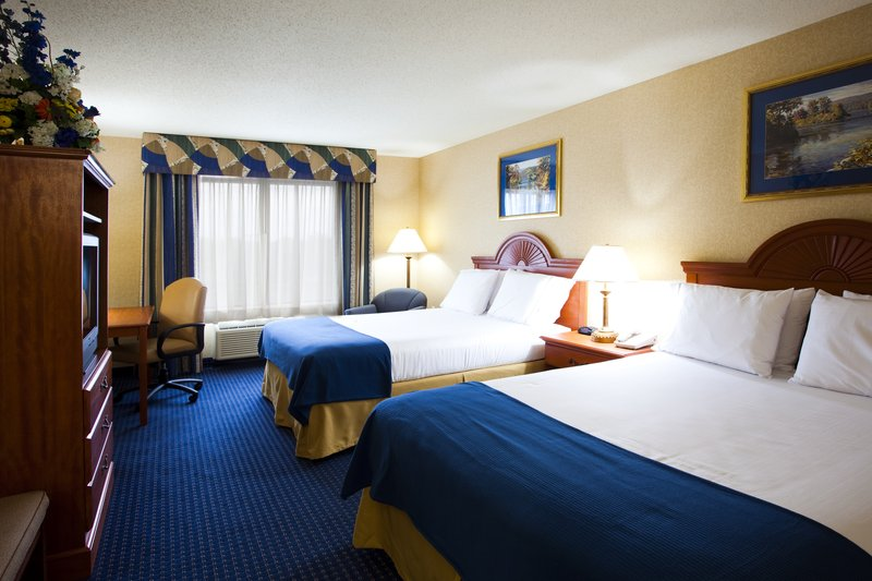 Holiday Inn Express Syracuse Airport-2 Queen beds ideal for a family staycation getaway<br/>Image from Leonardo