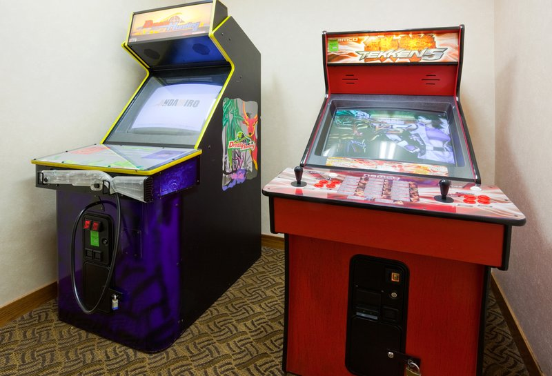 Holiday Inn Express & Suites Custer-Game Room<br/>Image from Leonardo
