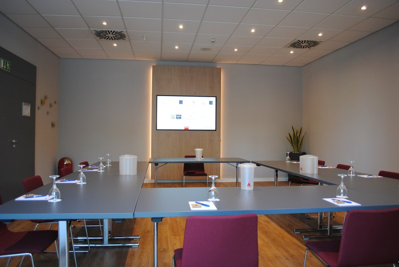 Holiday Inn Express Dortmund-A good place to meet: our conference room <br/>Image from Leonardo