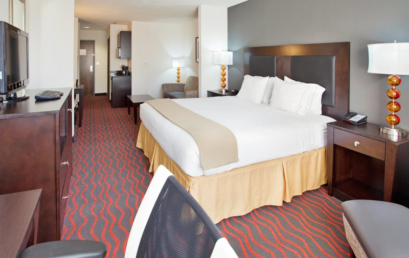 Holiday Inn Express & Suites Festus - South St. Louis-Kick off your shoes and feel like a king in our roomy king suites!<br/>Image from Leonardo