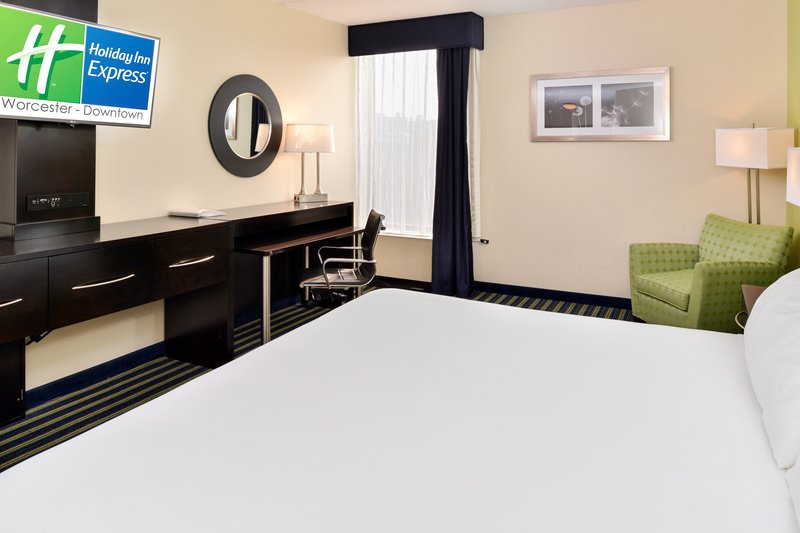Holiday Inn Express Worcester Downtown-King Bed Guest Room<br/>Image from Leonardo