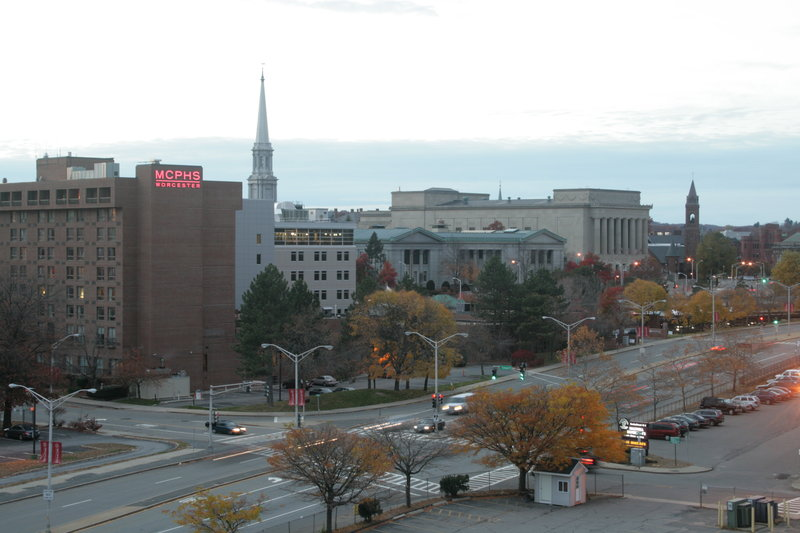 Holiday Inn Express Worcester Downtown-Walking Distance to MCPHS and Worcester County District Courthouse<br/>Image from Leonardo