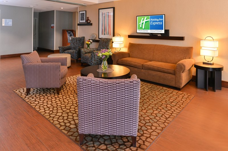 Holiday Inn Express Worcester Downtown-Hotel Lobby<br/>Image from Leonardo