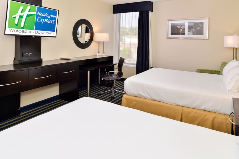 Holiday Inn Express Worcester Downtown-Two Queen Bedded Guestroom<br/>Image from Leonardo