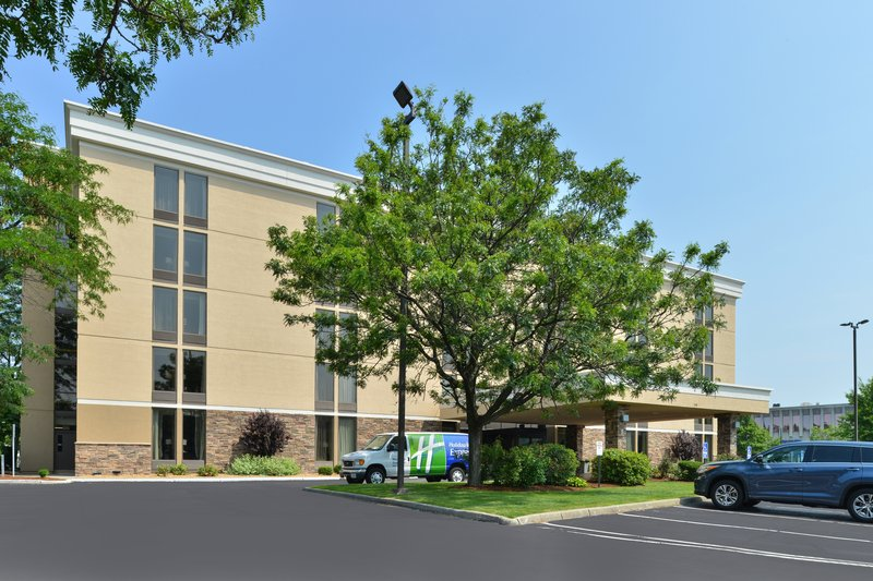 Holiday Inn Express Worcester Downtown-Hotel Exterior<br/>Image from Leonardo