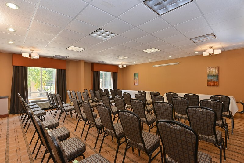 Holiday Inn Express & Suites Palm Coast - Flagler Beach Area-Boardroom<br/>Image from Leonardo