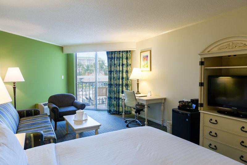 Holiday Inn Key Largoatisabel-King Bed Guest Room<br/>Image from Leonardo