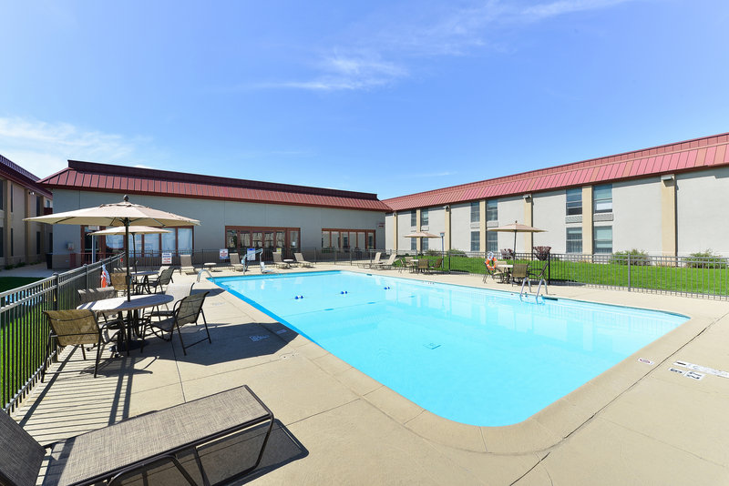 Holiday Inn Cody-At Buffalo Bill Village-outdoor heated pool 2<br/>Image from Leonardo