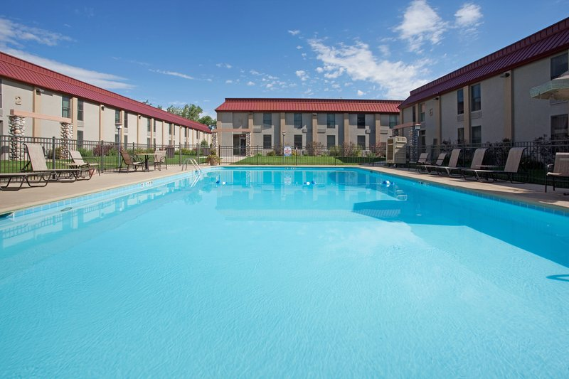 Holiday Inn Cody-At Buffalo Bill Village-Outdoor Swimming Pool 3<br/>Image from Leonardo