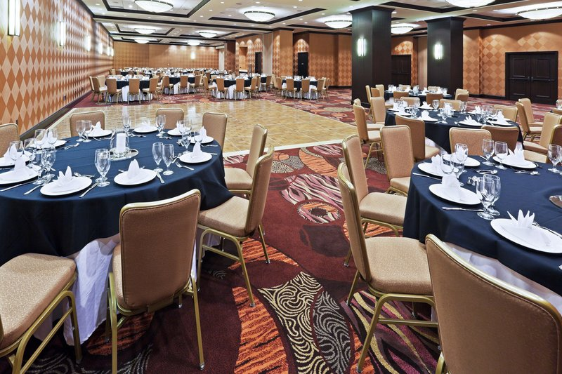 Crowne Plaza Dallas Downtown-Banquet Room<br/>Image from Leonardo