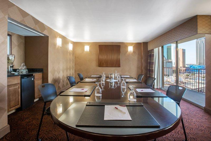 Crowne Plaza Dallas Downtown-Board Room<br/>Image from Leonardo