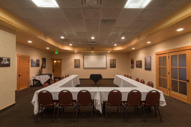 Holiday Inn Steamboat Springs-Meeting Room<br/>Image from Leonardo