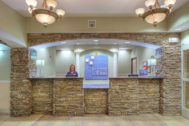 Holiday Inn Express & Suites Carlsbad-Front Desk<br/>Image from Leonardo