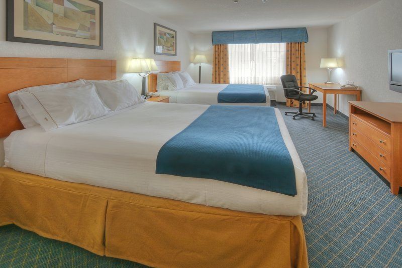 Holiday Inn Express & Suites Carlsbad-Double QUEEN BED STANDARD Room<br/>Image from Leonardo