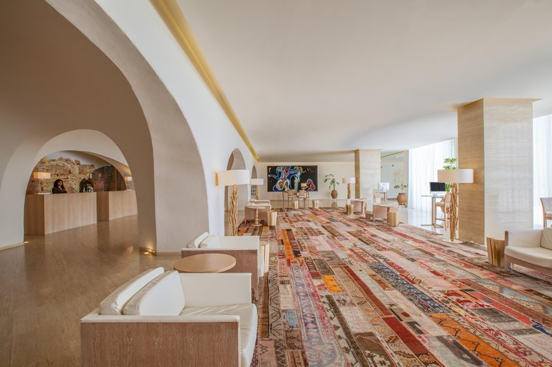 Crowne Plaza Vilamoura - Algarve-Hotel Lobby<br/>Image from Leonardo