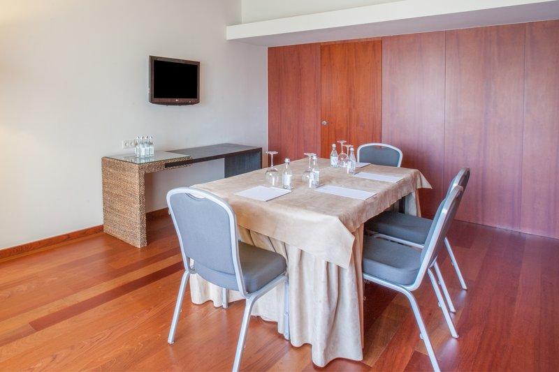 Crowne Plaza Vilamoura - Algarve-Flexi Room<br/>Image from Leonardo
