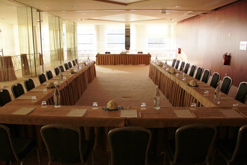 Crowne Plaza Vilamoura - Algarve-Board room<br/>Image from Leonardo
